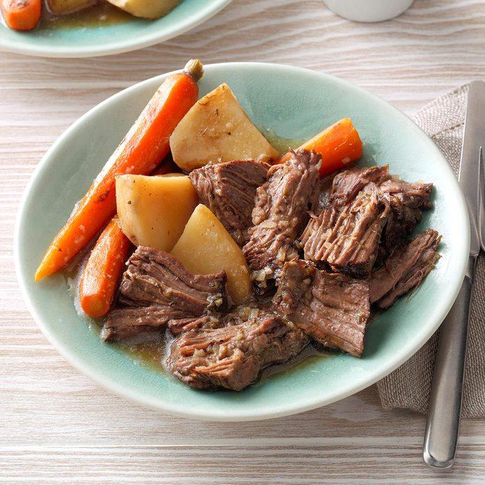 Favorite Beef Roast Dinner Exps Thedscodr19 78044 C02 22 1b 4