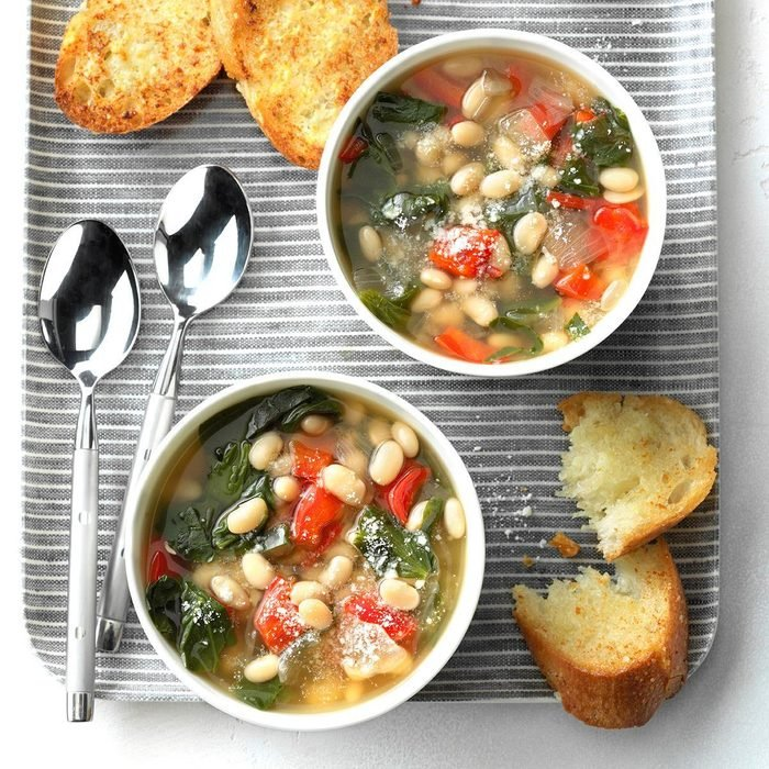 Day 19: Slow-Cooker Spinach Bean Soup