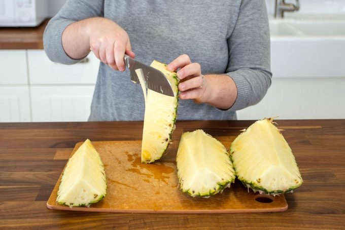 how to pineapple