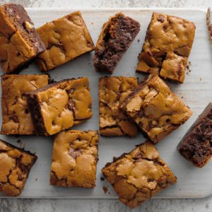 How to Make the BEST Chocolate Chip Cookie Brownies (aka Brookies)