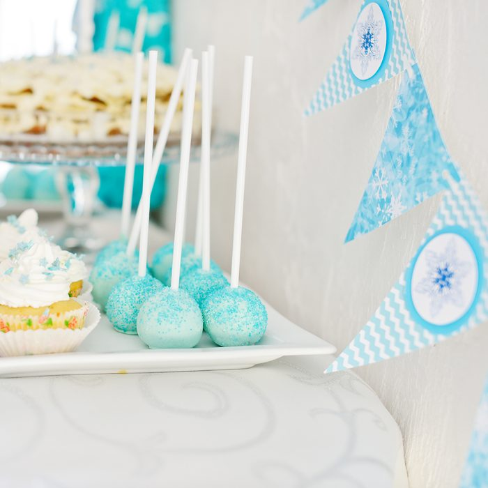 Cake, cakepops and so on for birthday party