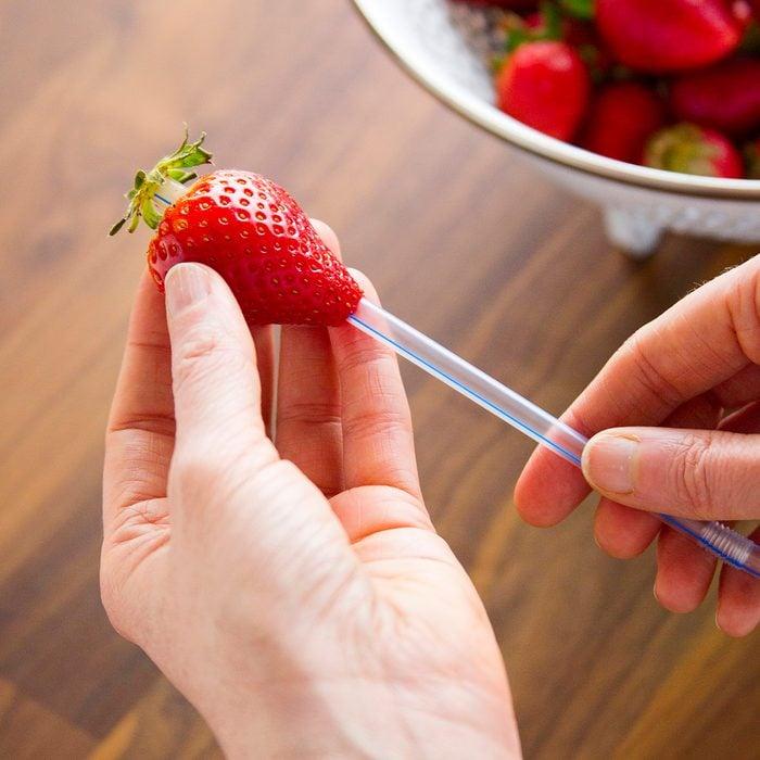 strawberry, straw in strawberry, hull a strawberry