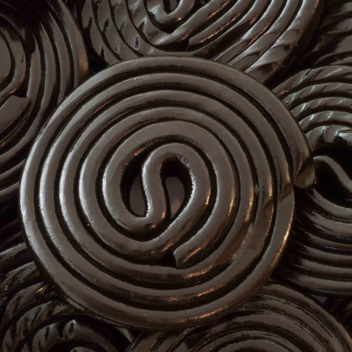 Licorice rolls