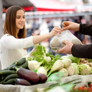 8 Food Safety Precautions You Should Know Before Visiting the Farmers Market