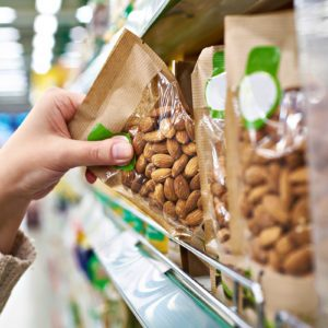 Our Favorite Snacks Under 100 Calories That You Can Buy