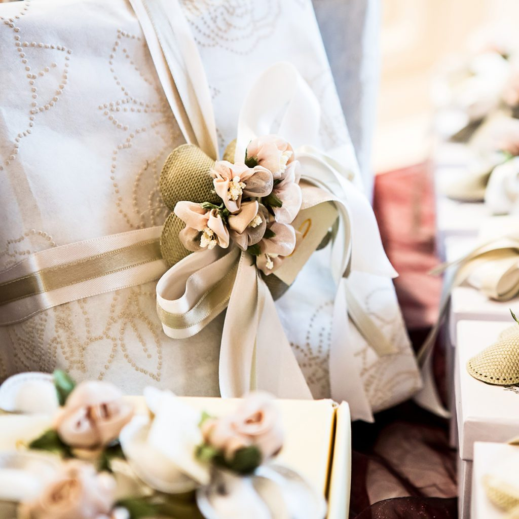 Traditional Wedding Gifts.6 Traditional Wedding Gifts And Their Modern Day Counterparts
