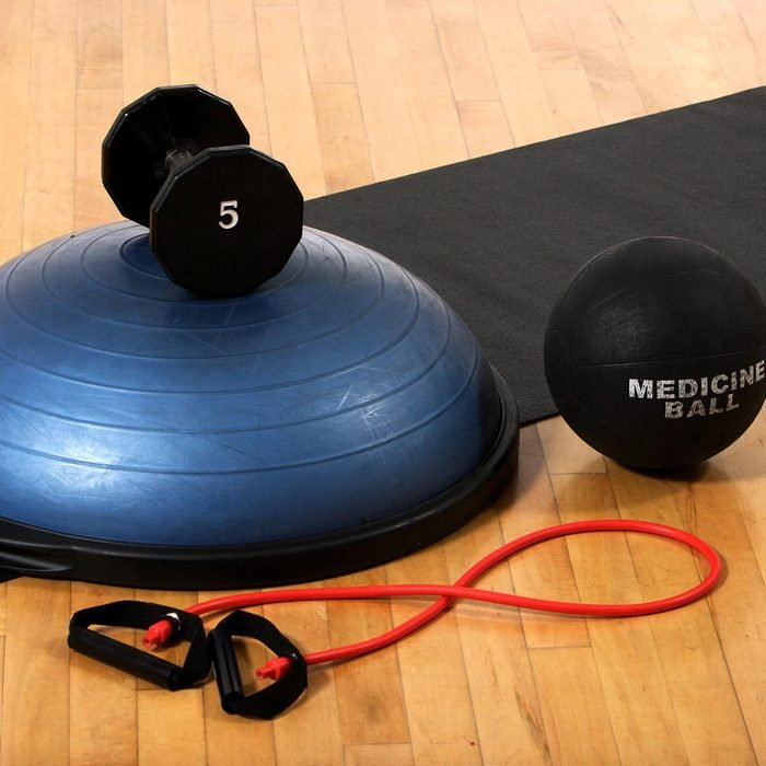 Weights and mat at a gym