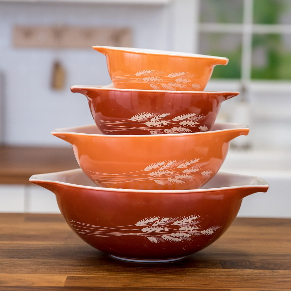 Vintage Pyrex bowls in wheat pattern