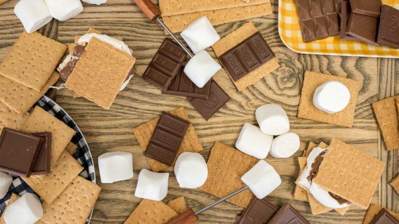 S'mores ingredients, graham crackers, marshmallow, milk chocolate bar