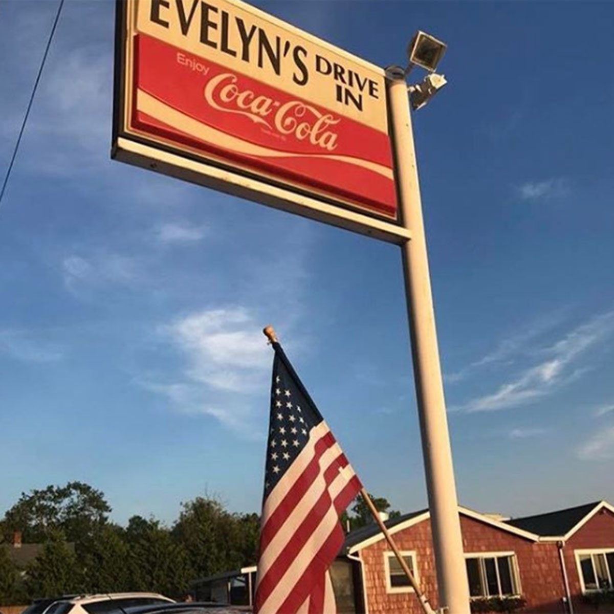 EVELYN'S DRIVE-IN