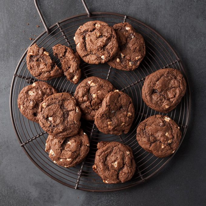 Hot Chocolate Cookies Exps Ft19 242525 F 0627 1 10
