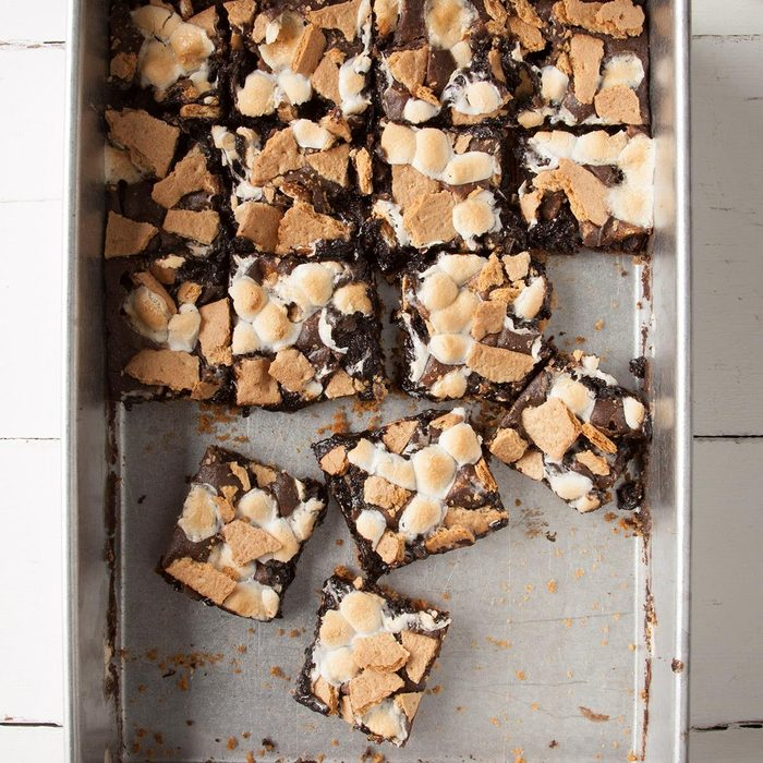 Julianna S Favorite Fudgy S Mores Brownies Exps Ft19 198822 F 0612 1 8