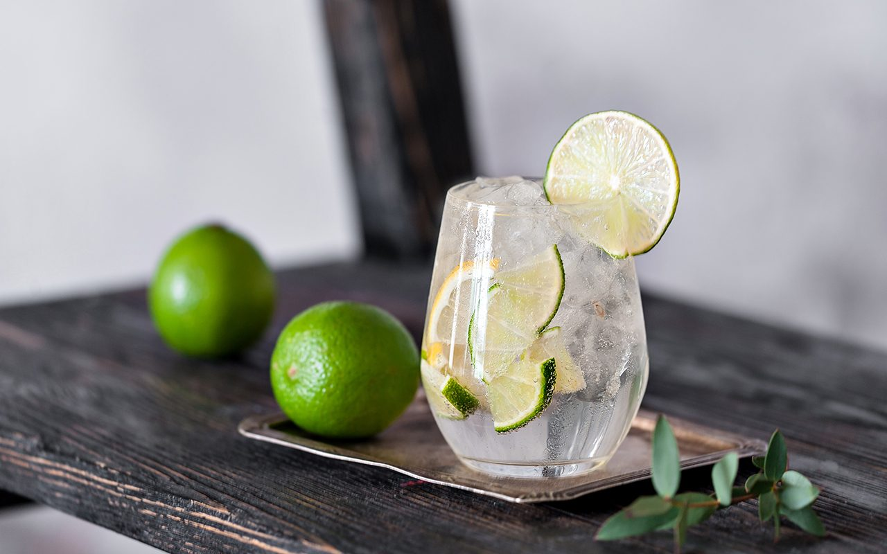 Here's the Right Way to Make a Vodka Soda