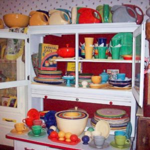 10 Things You Need to Know About Vintage Fiestaware Dishes