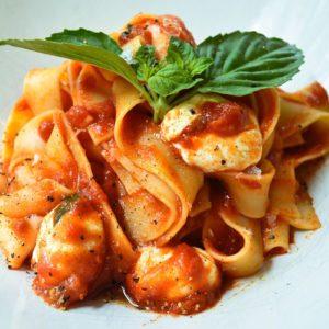 The Mozzarella Tomato Basil Pasta Recipe Your Family Will Love