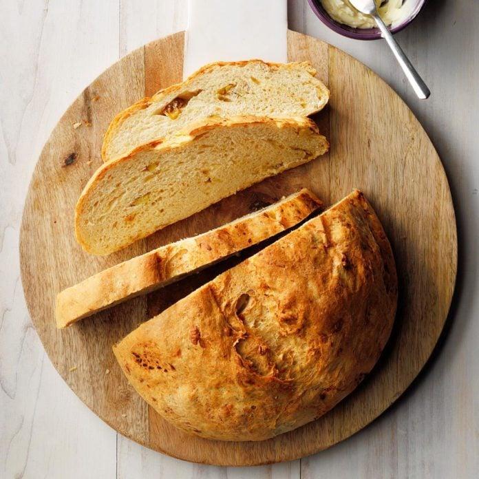 2nd Place: Gouda & Roasted Potato Bread