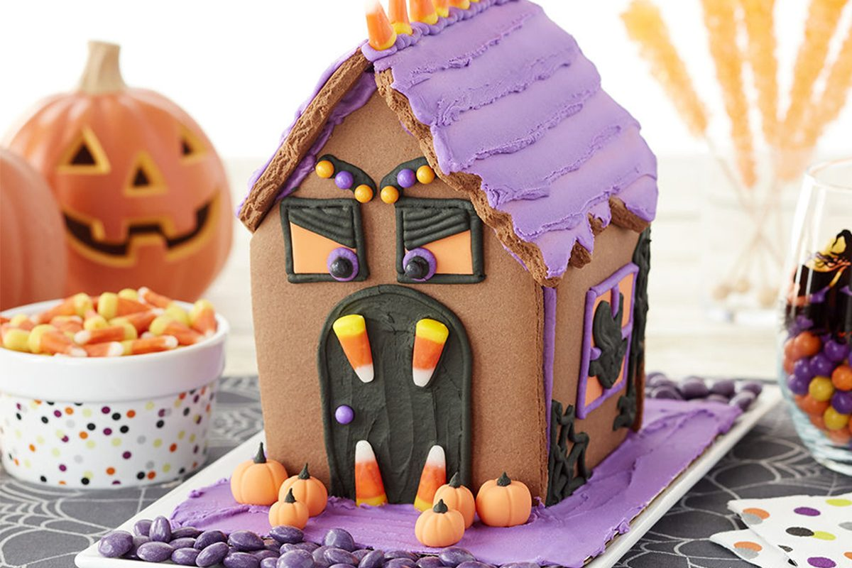 We Found Halloween Cookie House Kits for ly $10