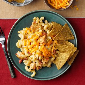 One-Skillet Chicken Fajita Pasta