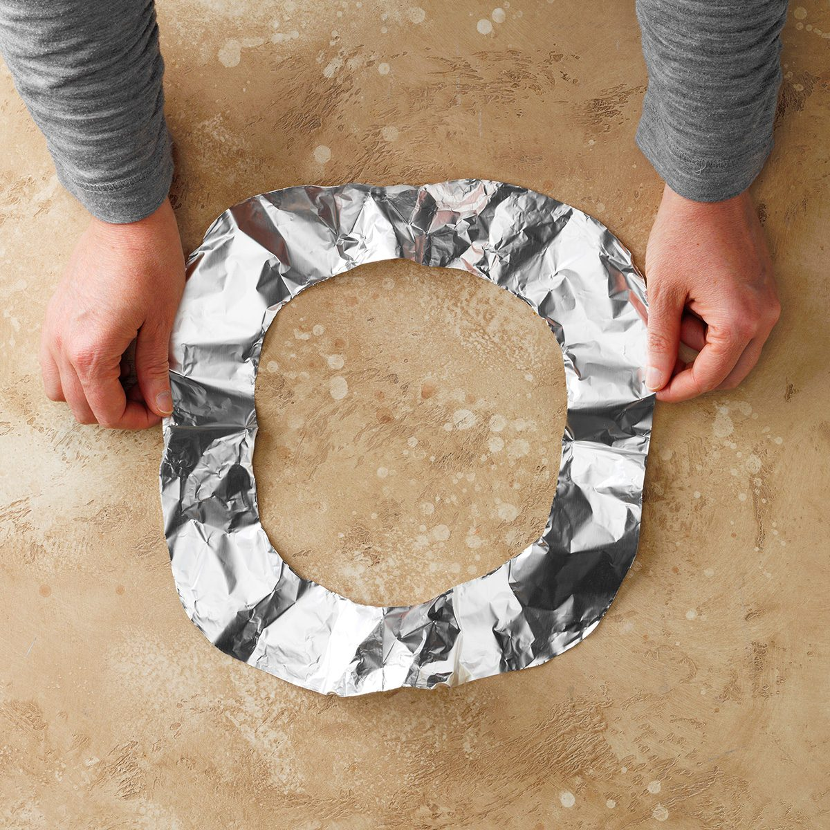 Foil-Covered Crust Trick; How To
