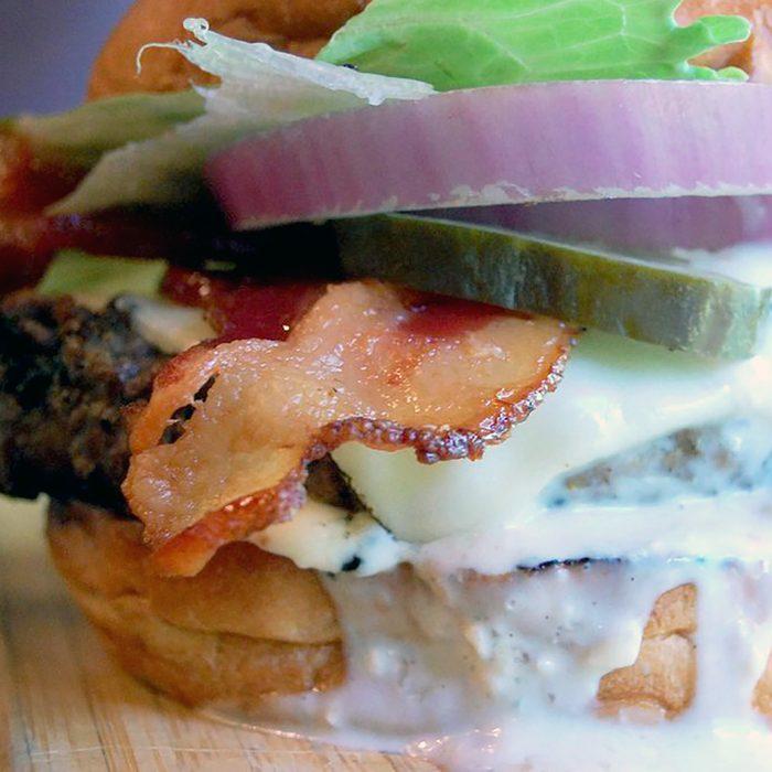 best burger in delaware, redfire grill