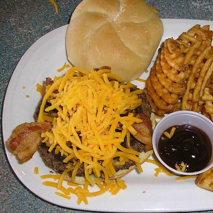 Best burger in Iowa, Landmark Restaurant