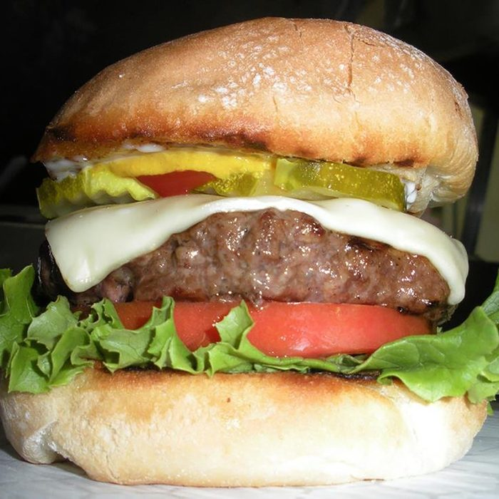 Best Burgers in New Hampshire, Wild Willy's Burgers