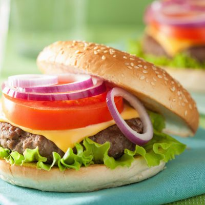 california cheeseburger with beef patty lettuce onion tomato