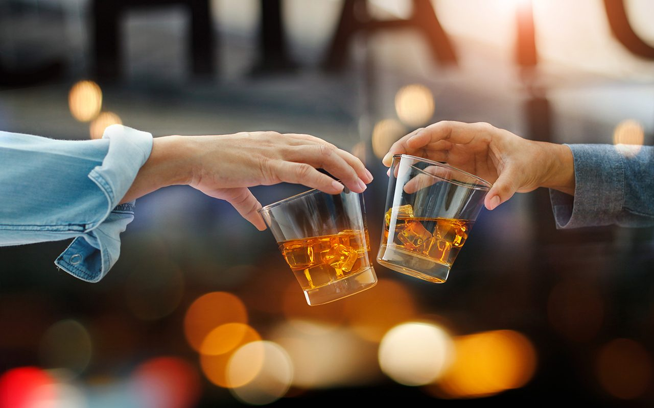 The Expert's Guide to Whiskey Glasses