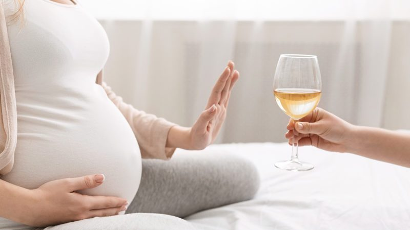 not drinking alcohol while pregnant