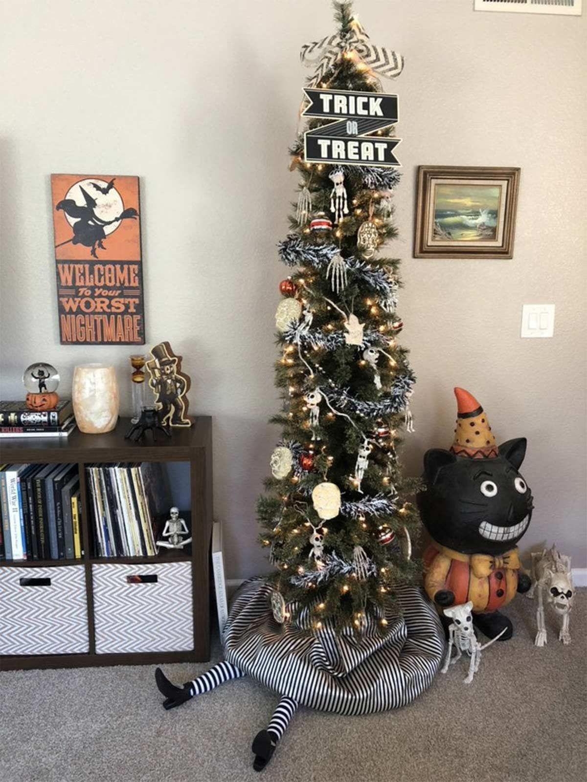 Halloween Christmas Tree.The Latest Holiday Trend Halloween Christmas Trees Taste