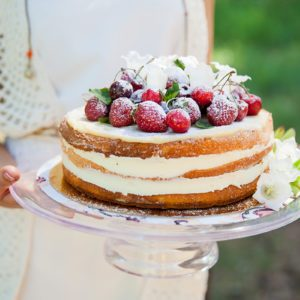 The Prettiest Cake Stands to Show Off Your Cakes