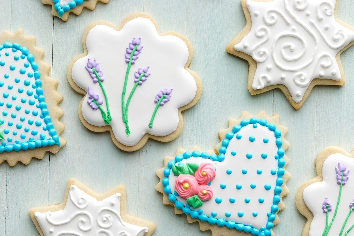 How To Make Decorated Sugar Cookies With Royal Icing Taste
