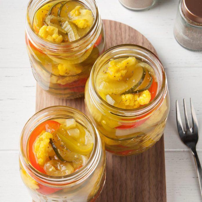 Easy Pickled Vegetables