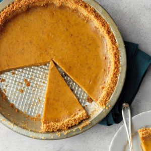 How to Make Pumpkin Pie with a Graham Cracker Crust