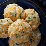 How to Make Copycat Red Lobster Cheddar Bay Biscuits