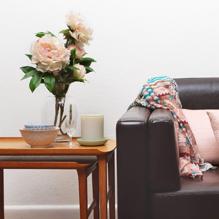shutterstock_223366804 nesting tables couch
