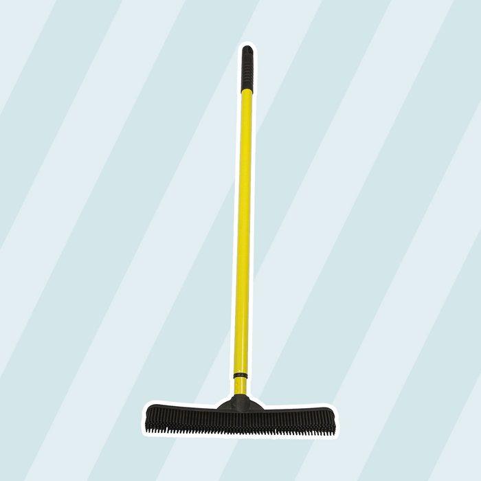 FURemover Extendable Broom