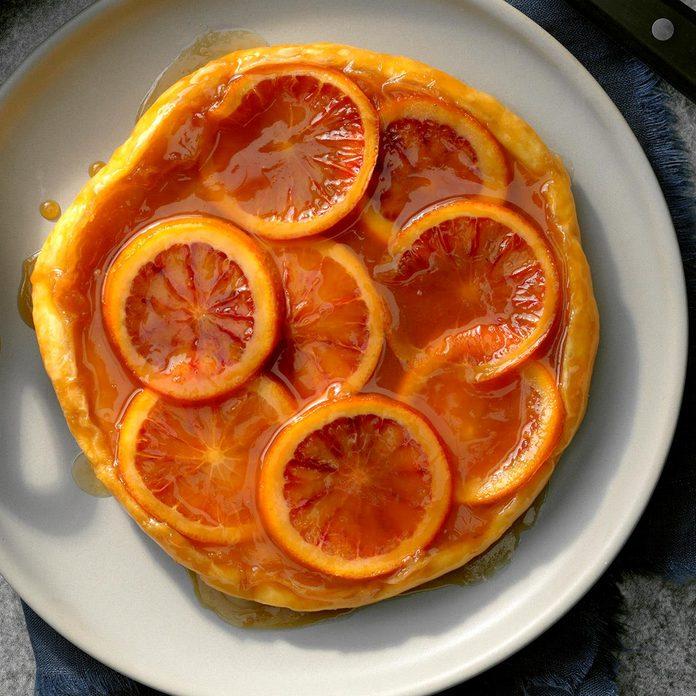 Blood Orange Caramel Tarte Tatin Exps Tohfm20 162127 B09 26 8b 2