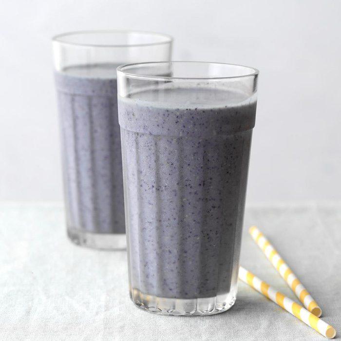 Blueberry Pancake Smoothie Exps Tohdj20 242974 B08 06 4b 12