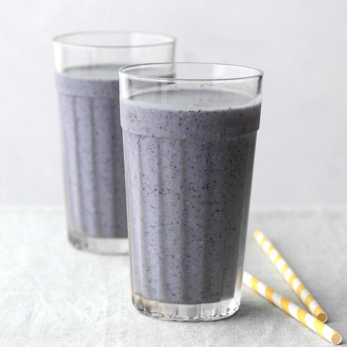 Blueberry Pancake Smoothie Exps Tohdj20 242974 B08 06 4b 5