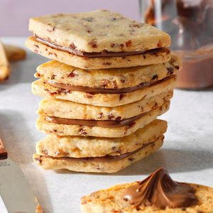 Cranberry Nutella Sandwich Cookies