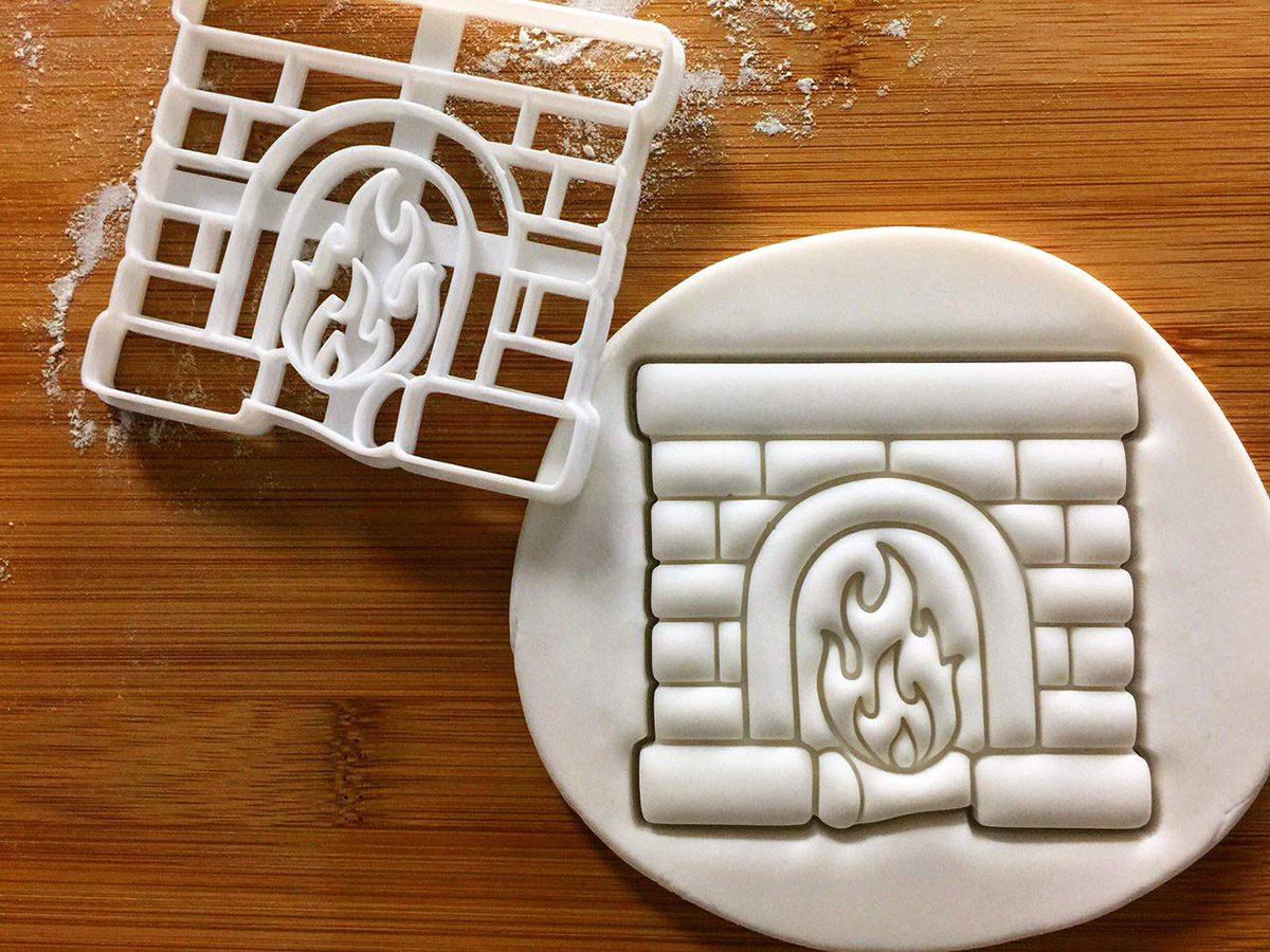 Fireplace cookie cutter, 1 piece - Bakerlogy