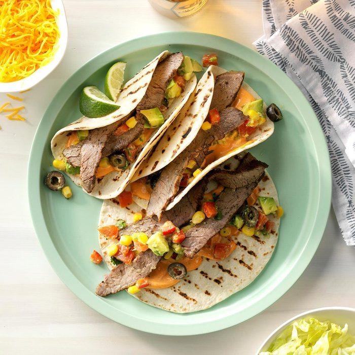 Grilled Steak Tacos Exps Hca19 148769 C01 17 2b 1