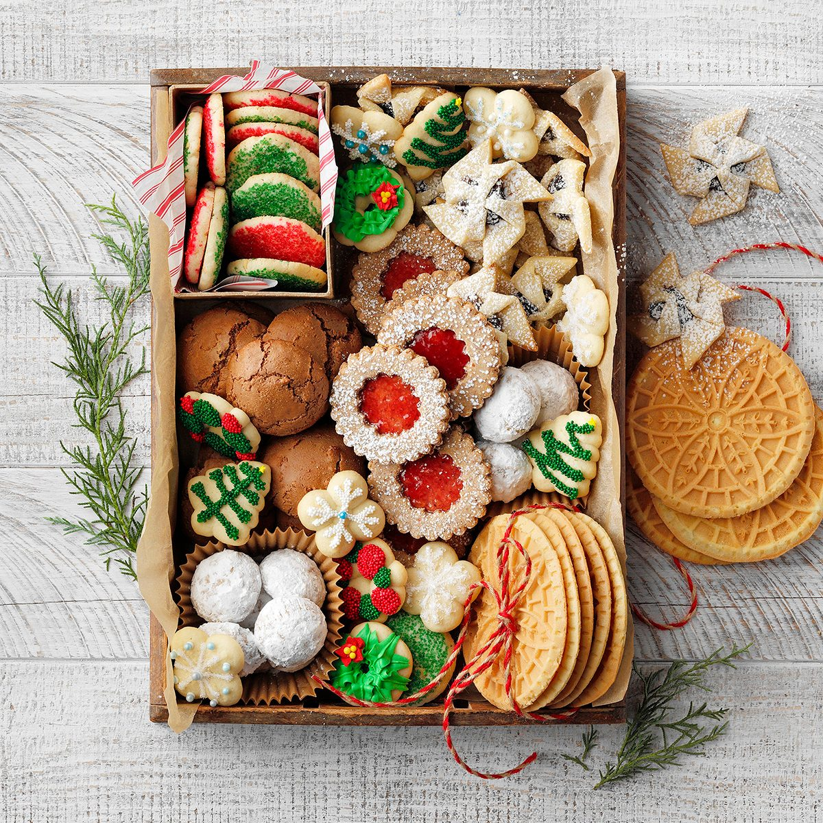 How To Store Christmas Cookies To Keep Them Fresh All December