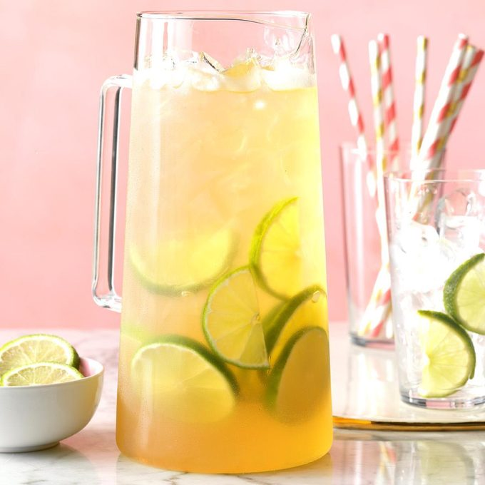 Sparkling Coconut Grape Juice Exps Hca19 202298 C10 02 9b 8