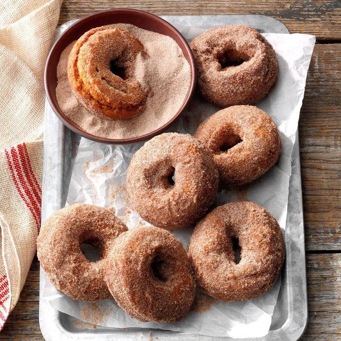 Spiced Sweet Potato Doughnuts Exps Hca19 178360 C04 02 4b 6