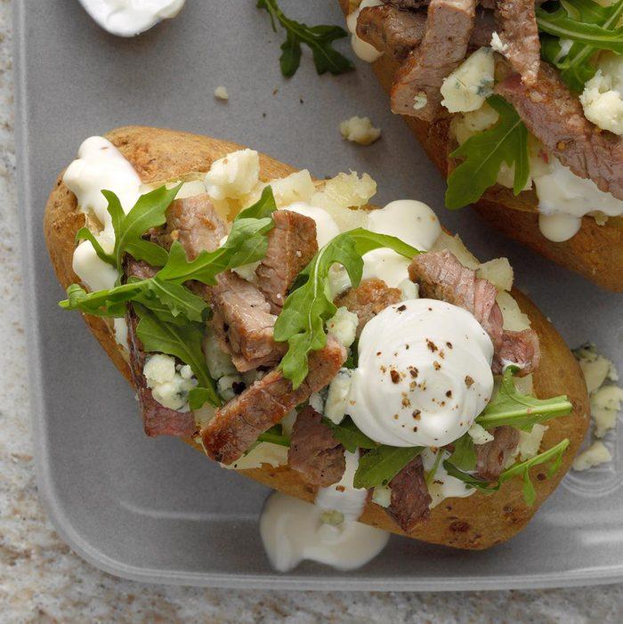 Steakhouse Baked Potatoes Exps Tohfm20 239141 E09 25 10b 7