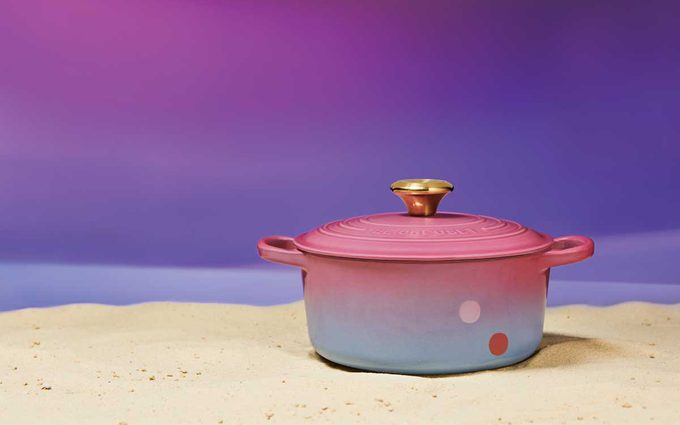 hand-painted, special-edition Tatooine™ Round Dutch Oven