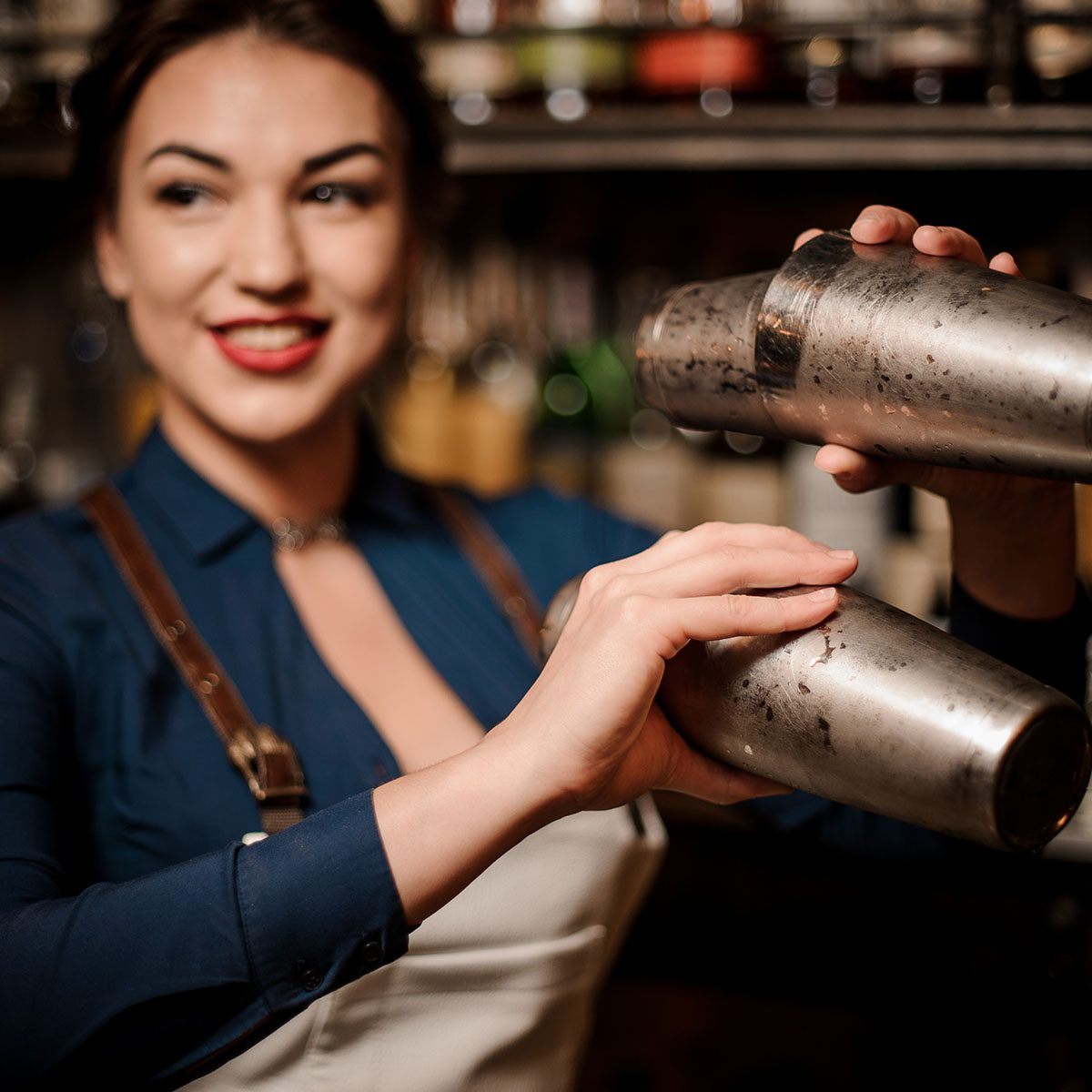 9 Tips for Getting the Best Service at the Bar