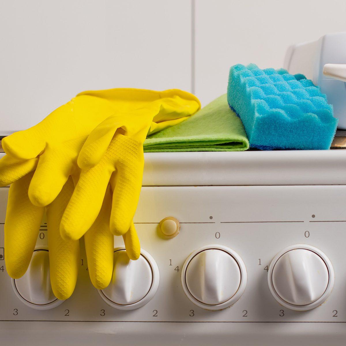 Kitchen cleaning supplies